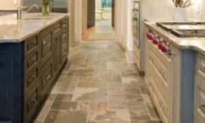 Выбор при ремонте: что лучше, ламинат или плитка на кухне