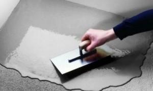 Выравнивание пола под ламинат плиточным клеем