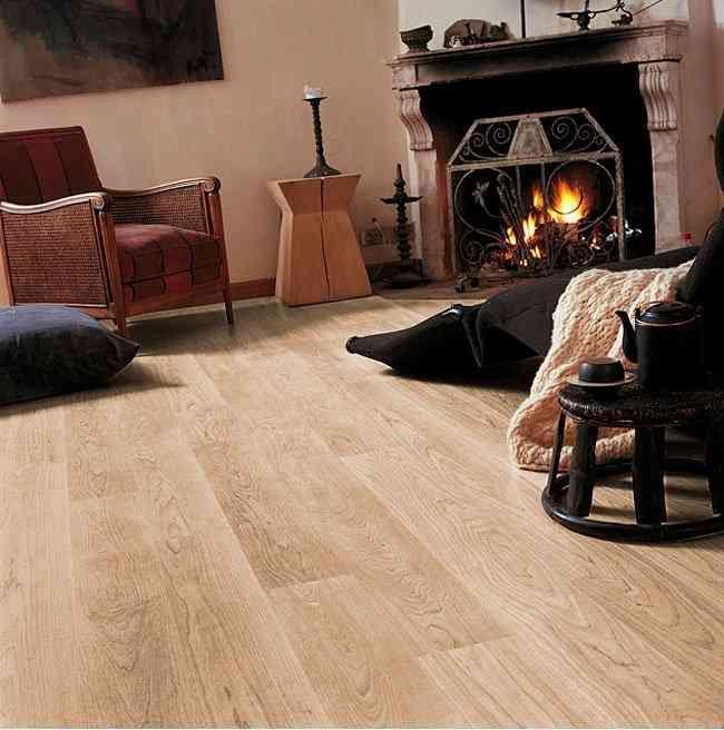 Сочетание ламината с антикварной мебелью